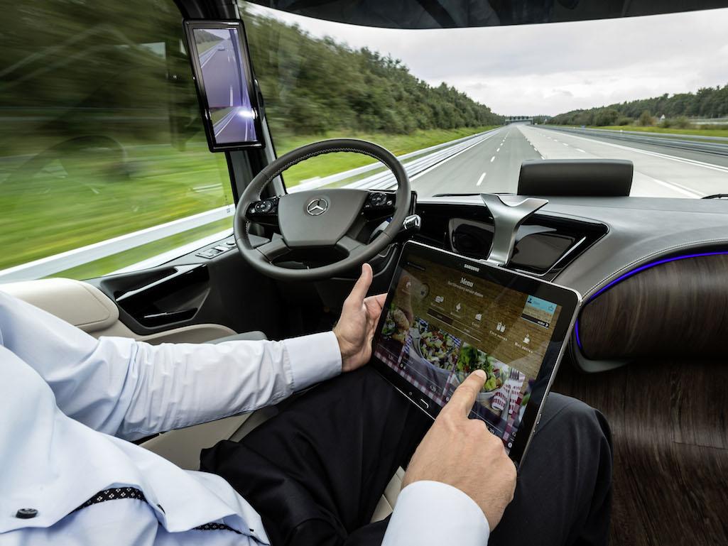 Toyota рассчитывает создать робота-водителя с искусственным интеллектом в течение пяти лет