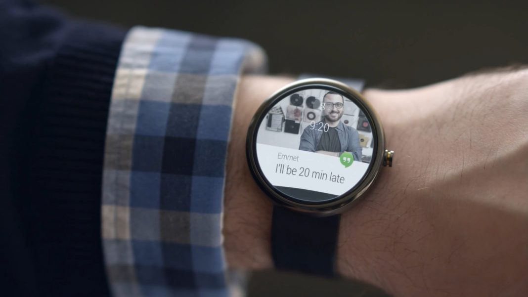 Google представил новую операционную систему для умных часов
