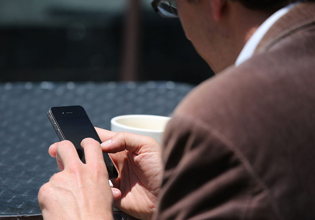Какой смартфон лучше купить в 2017 году за 12000 рублей