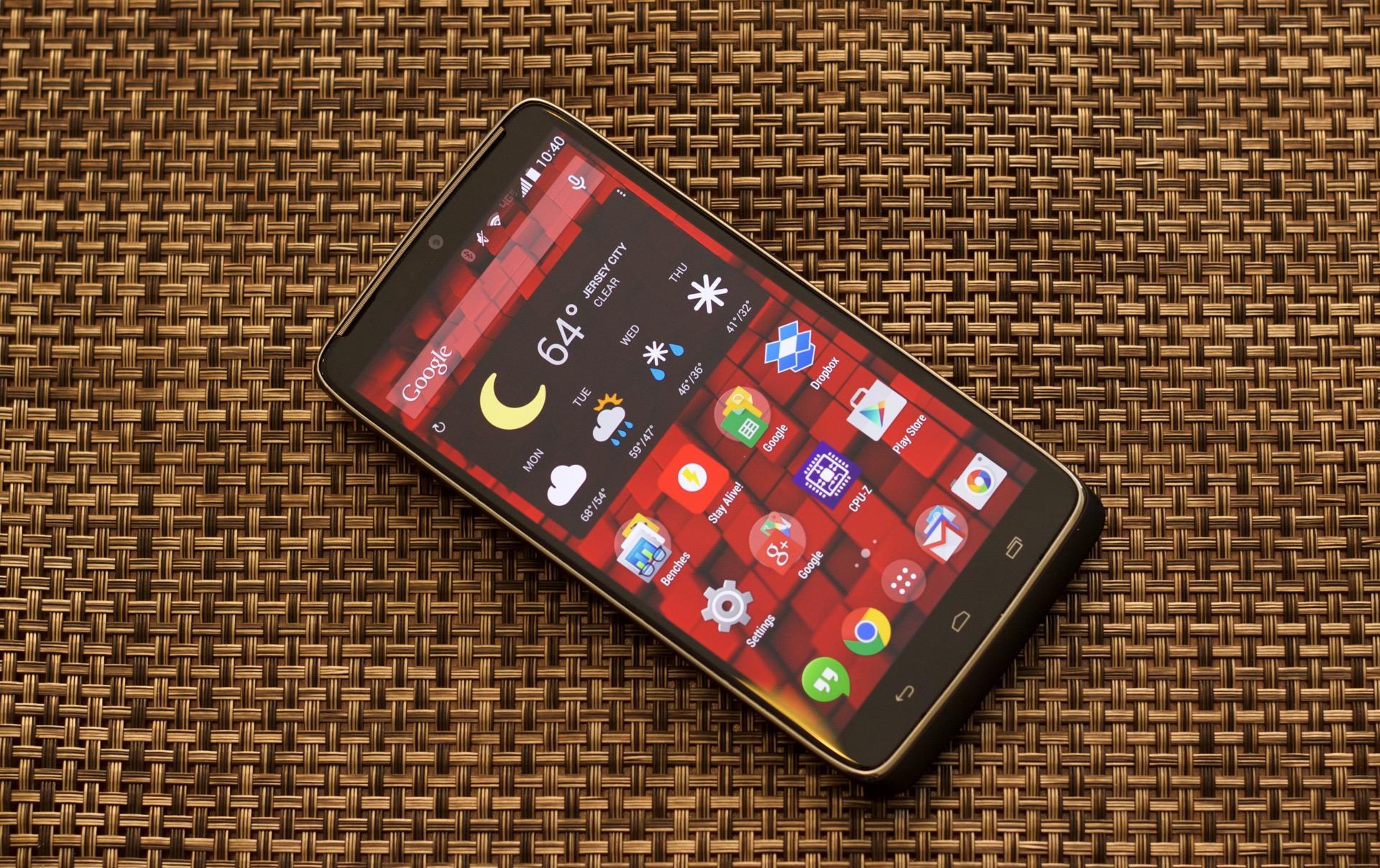самый долгоиграющий смартфон 2017
