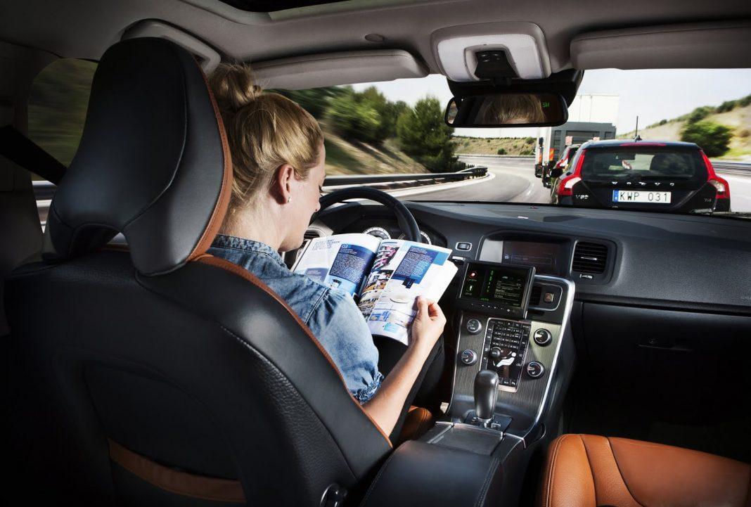 Кто главный в автомобиле: человек или компьютер?