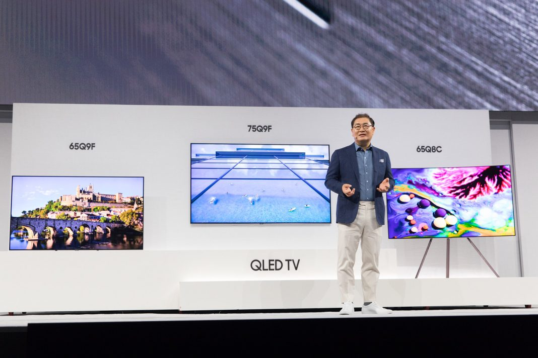 Samsung представила QLED-телевизоры 2018 года