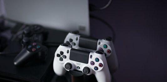 Tesla создала упрощенную «убийцу» Sony PlayStation 5