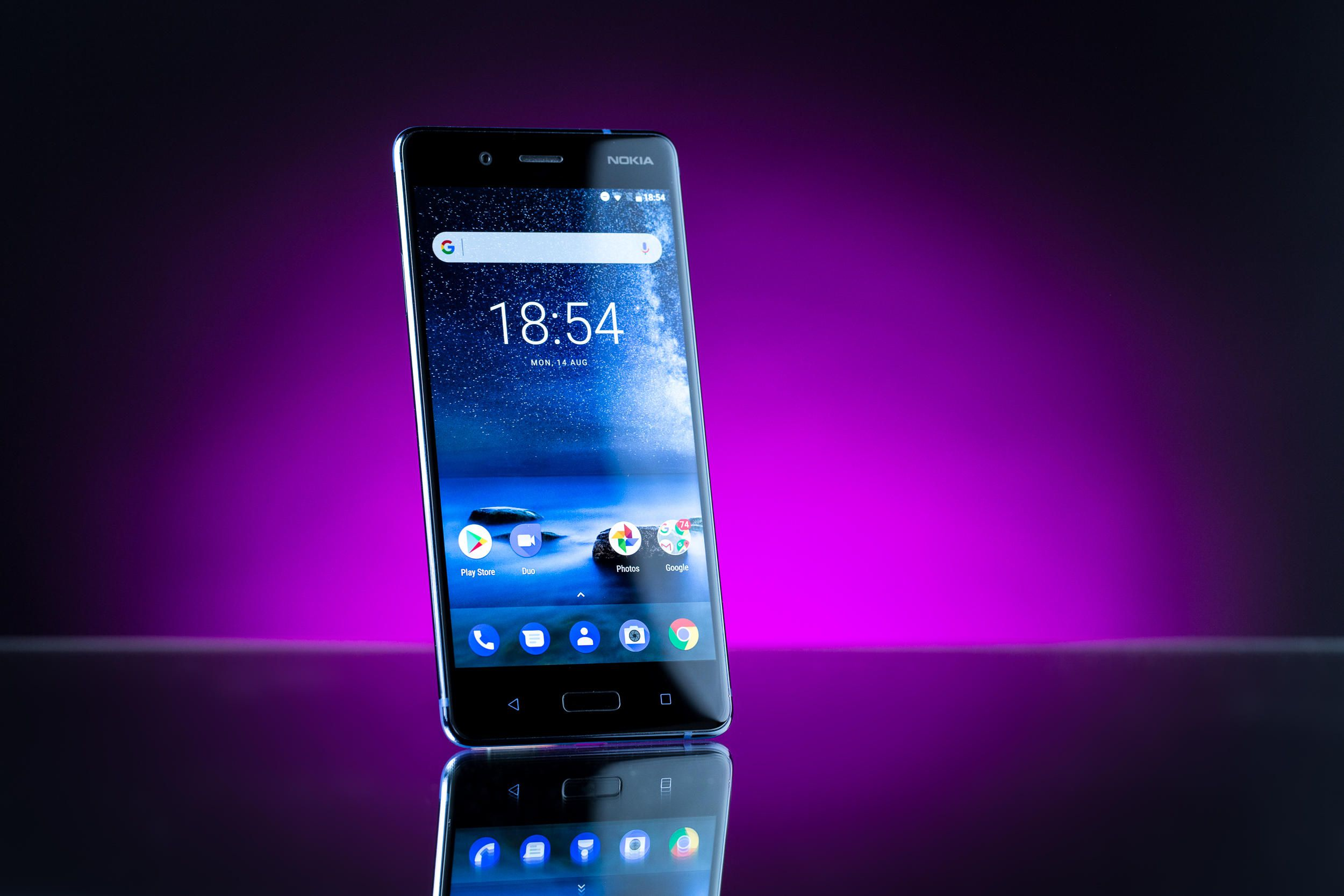 Какой смартфон лучше Nokia или Sony