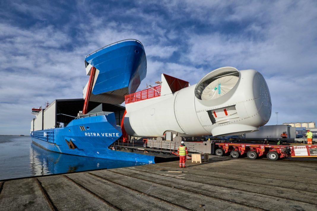 У Siemens Wind Power появился гигантский грузовой корабль с горизонтальной загрузкой