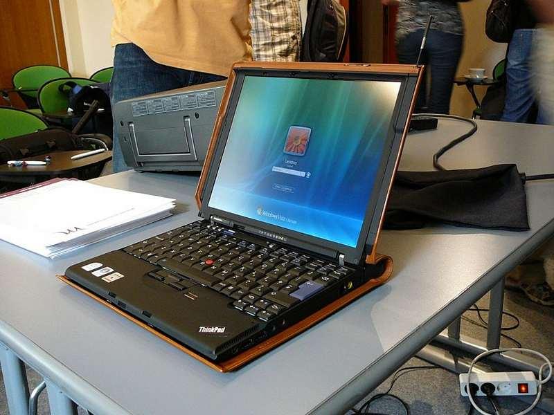 Лидерами рынка по производству настоящих танков среди ноутбуков, является компания Dell