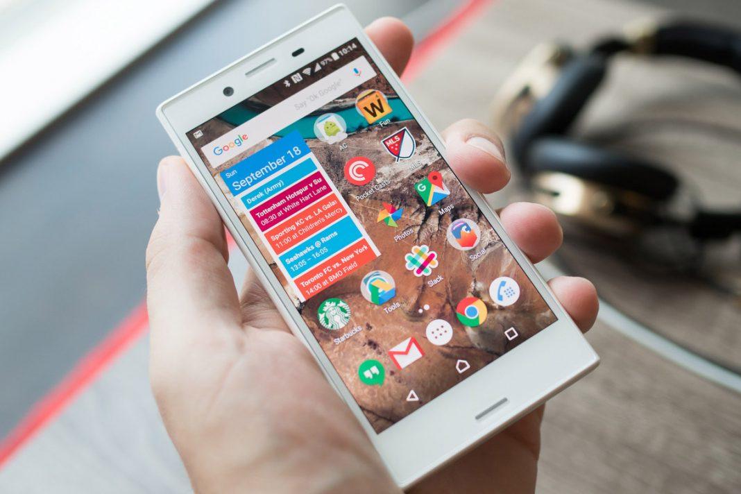 Самый маленький смартфон 2018 года