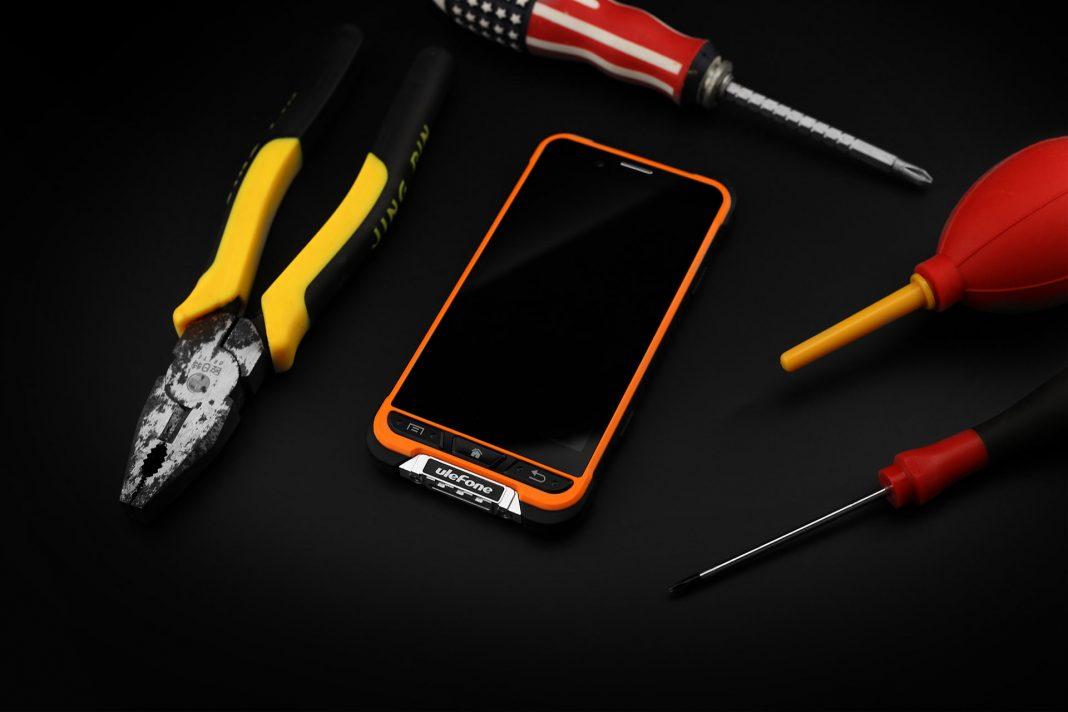 Ulefone Armor — умный телефон с защитой IP68
