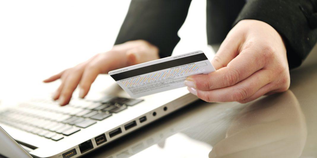 В 2016 году российские суды в 81% случаев отказывали клиентам, требовавшим от банка возмещения ущерба из-за использования система дистанционного банковского обслуживания (интернет- и мобильный банкинг и платежи с пластиковых карт).