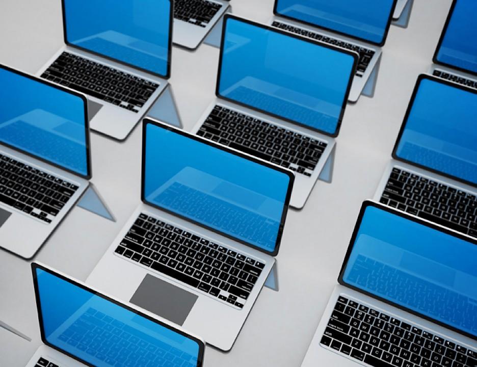 В России выросли продажи смартфонов и ноутбуков на 20% за год