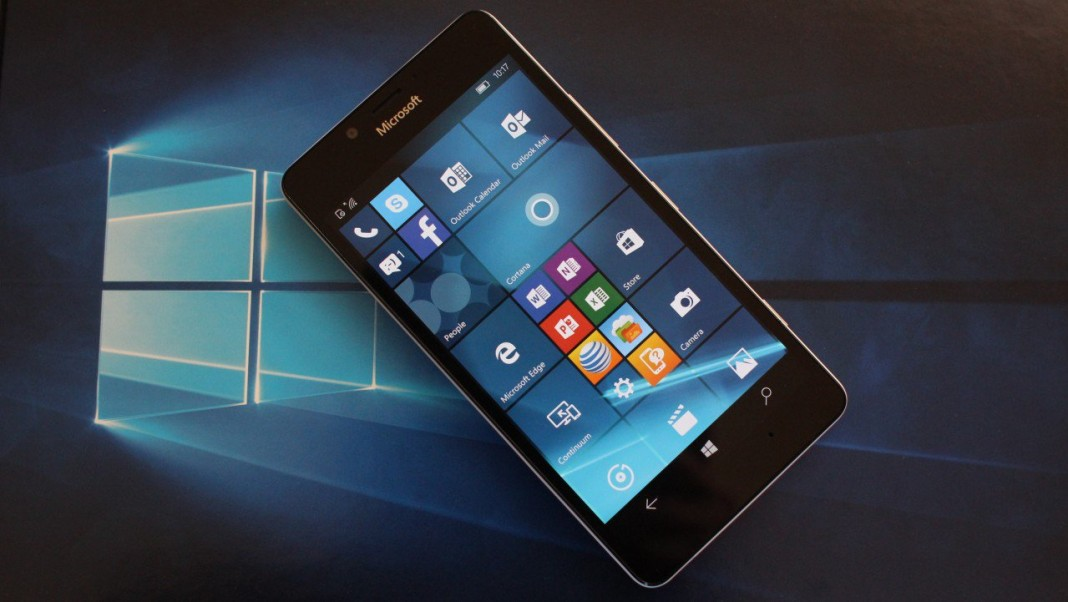 Microsoft начинает масштабное обновление смартфонов Lumia до Windows 10 Mobile