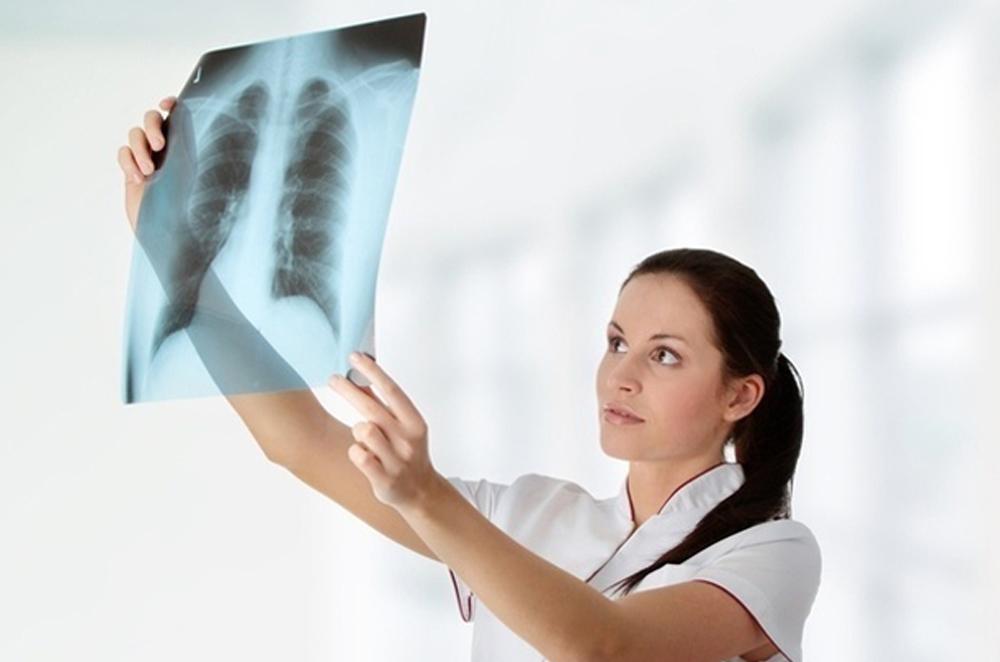 Роботы осваивают профессии рентгенолога и врача-инфекциониста