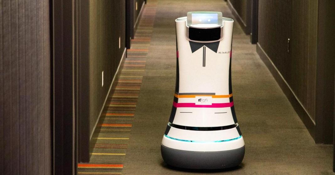 В Hilton появился первый консьерж-робот