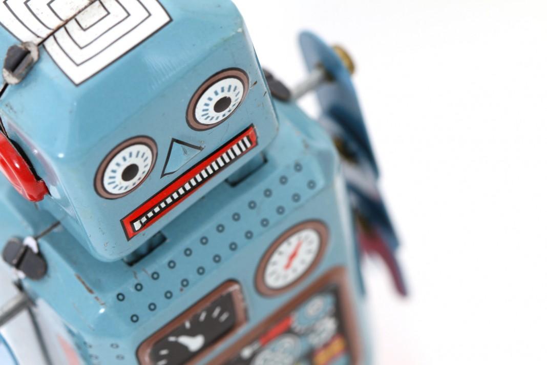 Человечество стало слишком доверять роботам