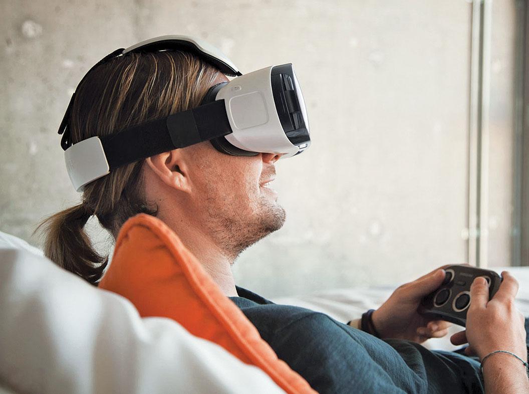 Samsung работает над шлемом виртуальной реальности, не требующим подключения смартфона