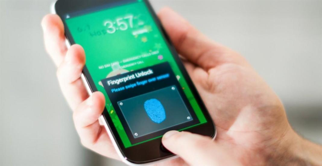 Samsung оснастит свои недорогие смартфоны сканерами отпечатков пальцев