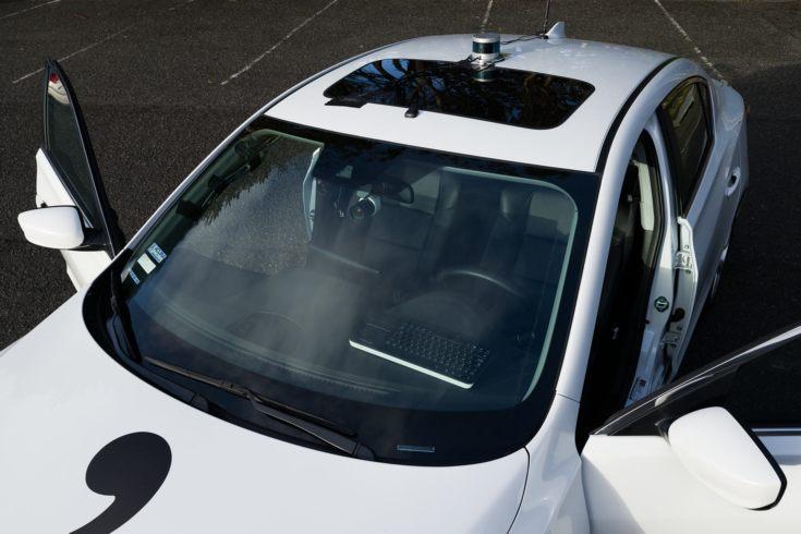 26-летний хакер, взломавший iPhone и PS3, за месяц создал самоуправляемый автомобиль у себя в гараже
