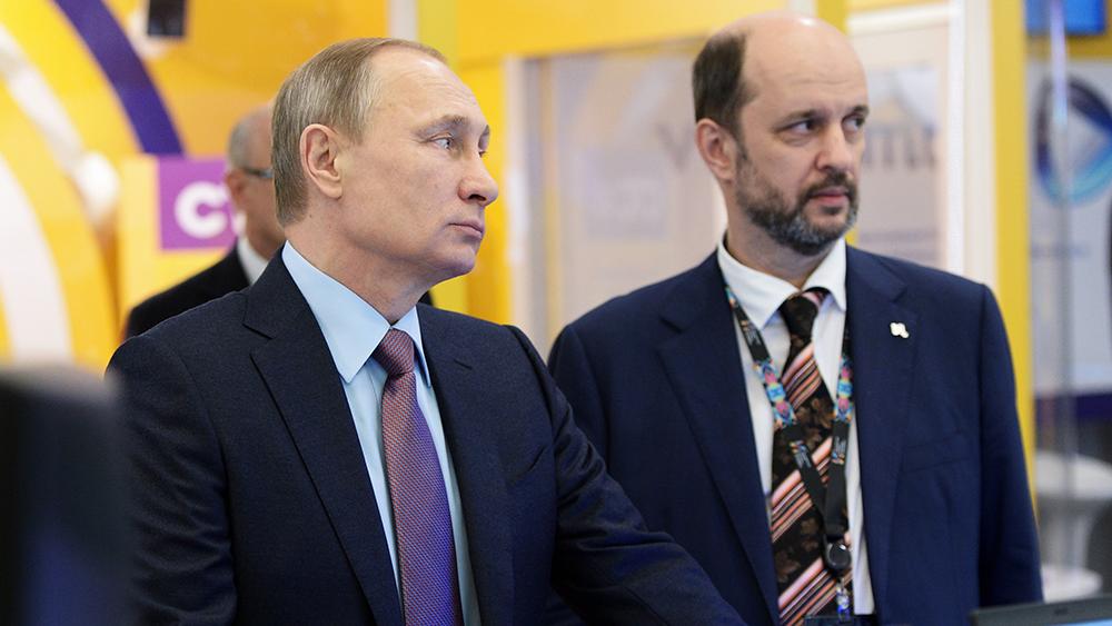 Путин считает, что интернет может стать драйвером для развития страны