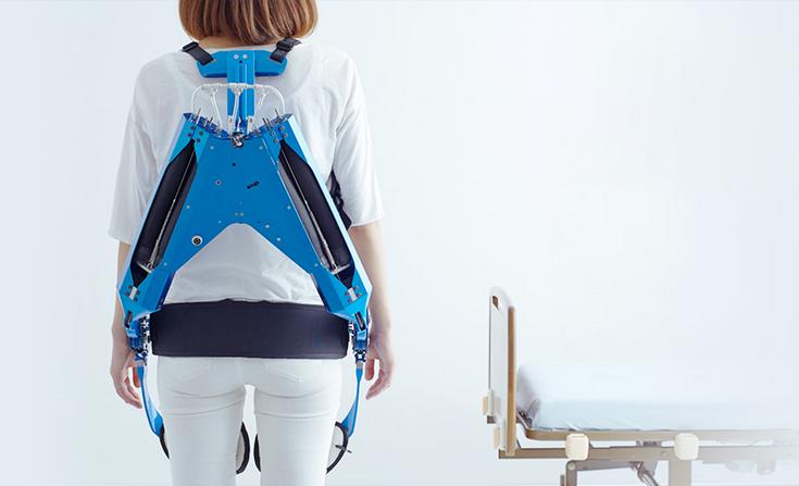 Innophys предлагает компактный экзоскелет массой 5,5 кг и грузоподъёмностью 30 кг