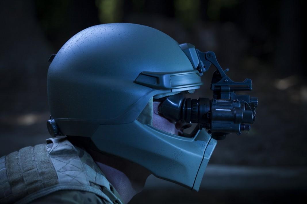 10 невероятных примеров новейших военных технологий