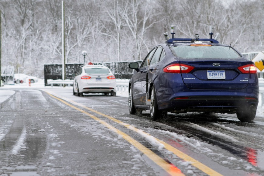 Ford научил беспилотники ездить по снегу
