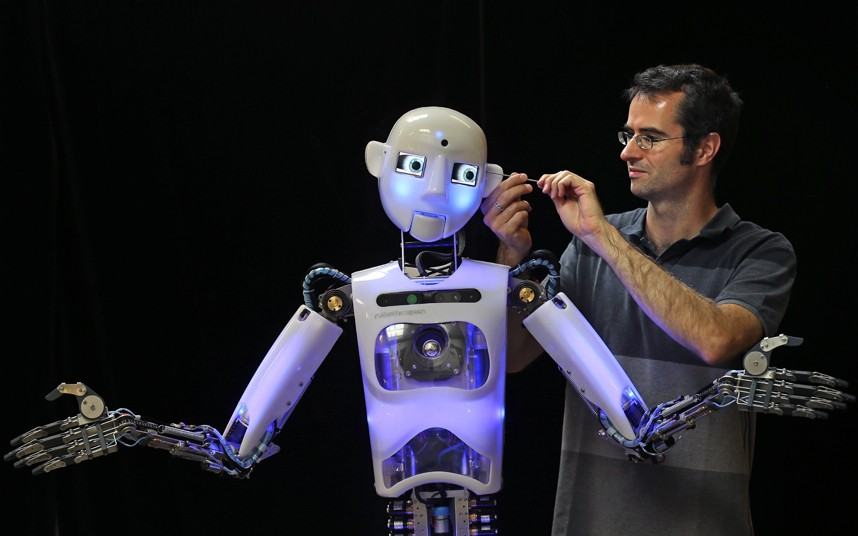 робот британской команды Engineered Arts – RoboThespian