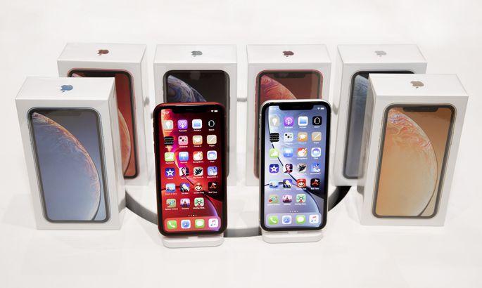 Apple опровергла плохие продажи iPhone XR