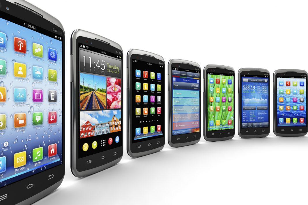 Какой смартфон лучше купить в 2018 году за 2000 рублей