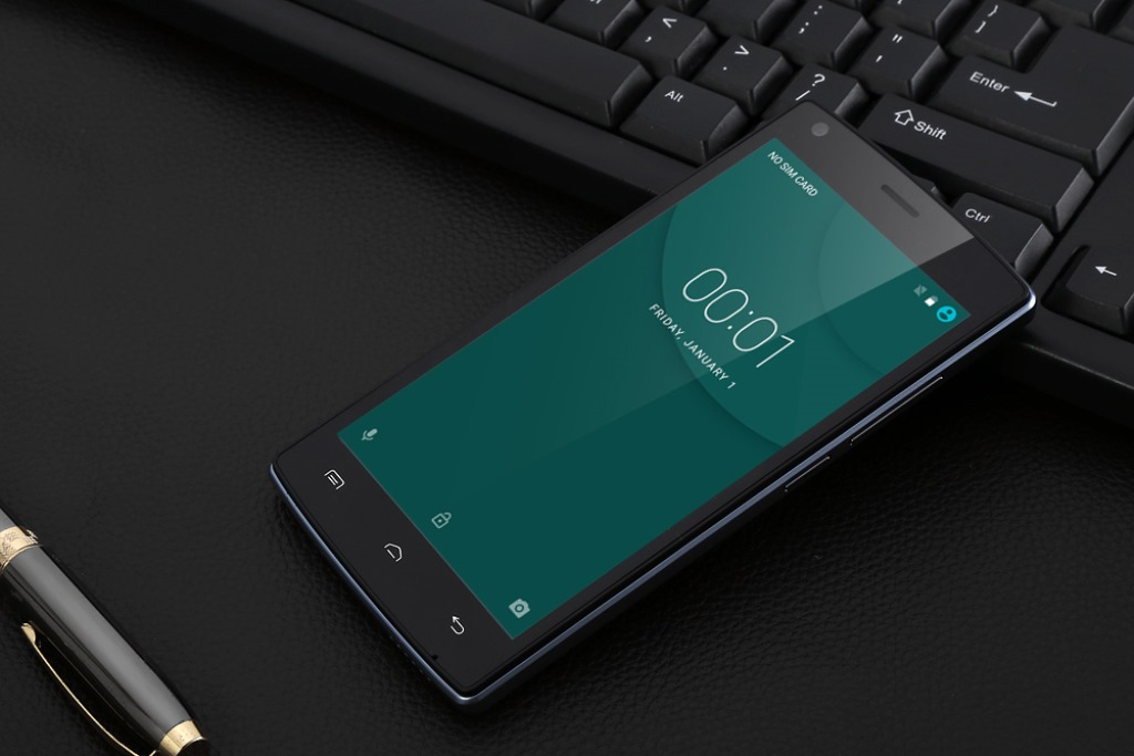Бюджетный смартфон с хорошей батареей и экраном 2018 года: рейтинг топ 10