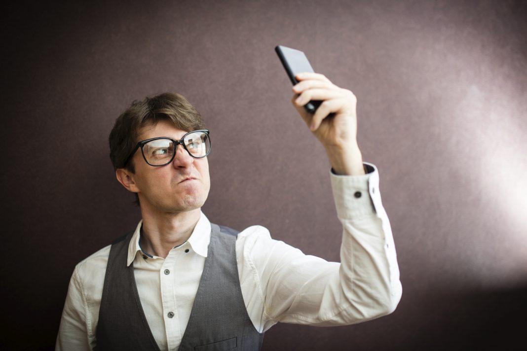 какой смартфон лучше купить в 2017 году за 2000 рублей