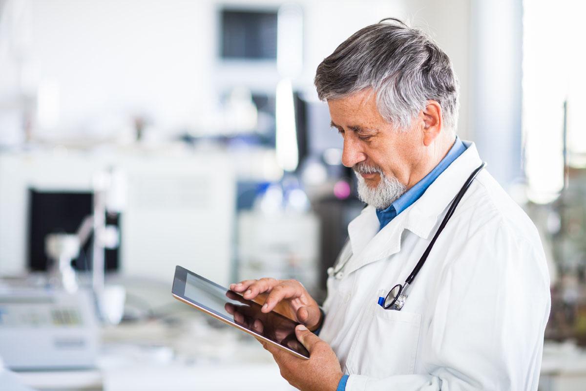 планшет для пожилого человека 2017: обзор, рейтинг