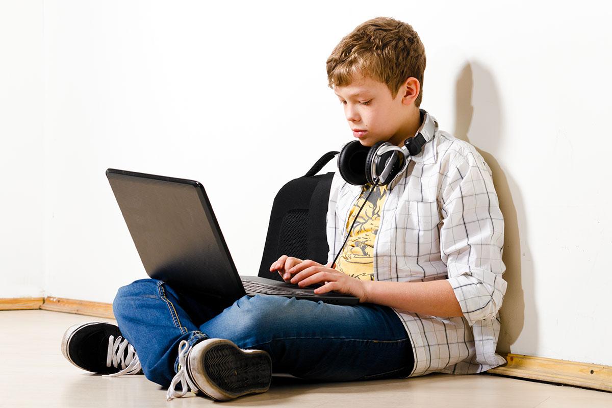 лучший ноутбук для школьника 2017