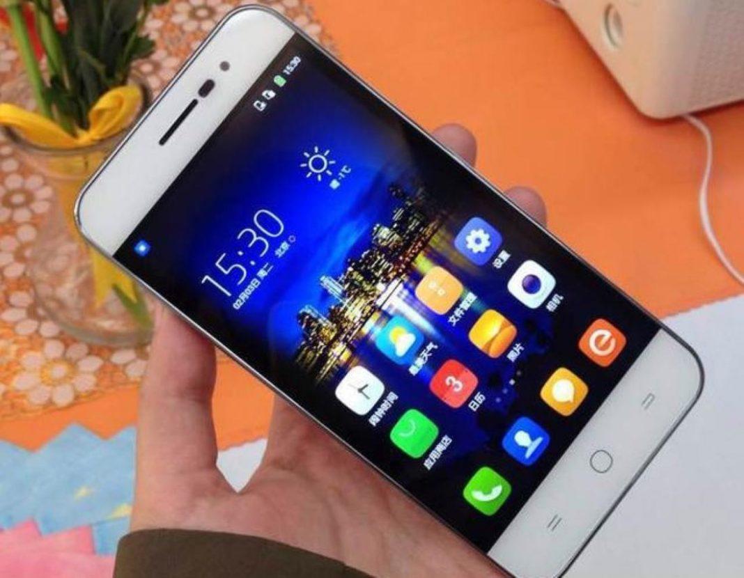 самый популярный смартфон в россии 2017
